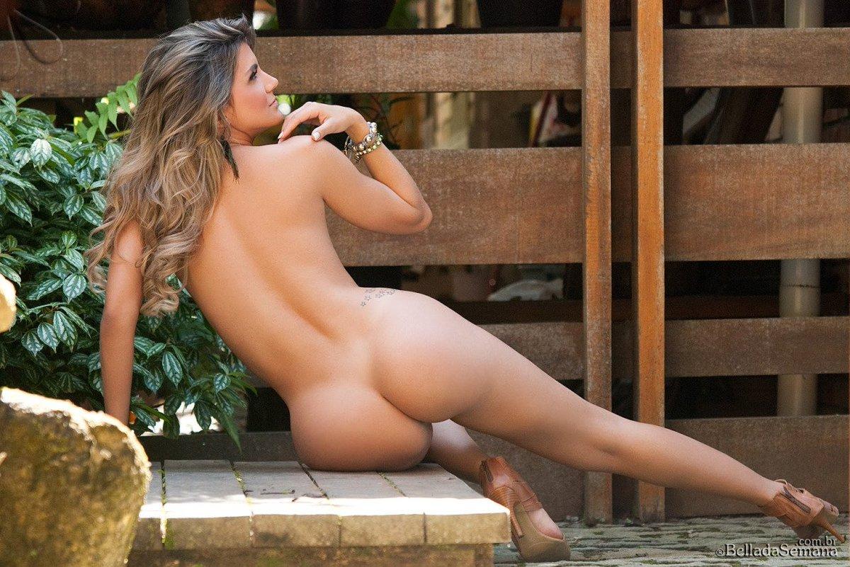 Paula B Nude