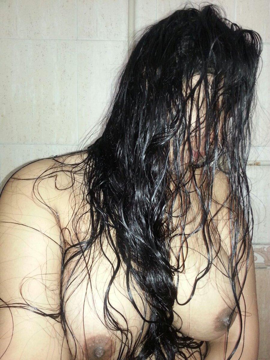Nude Selfie 5708