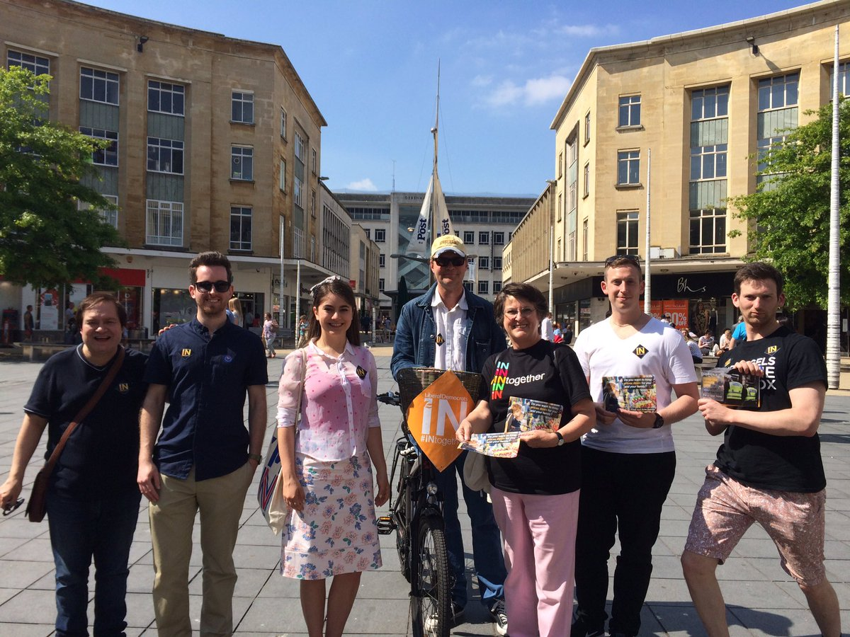It's been a great day fighting for #INtogether here in Bristol. Thanks again to @catherinemep for coming to help. https://t.co/QVQrrEuZzs