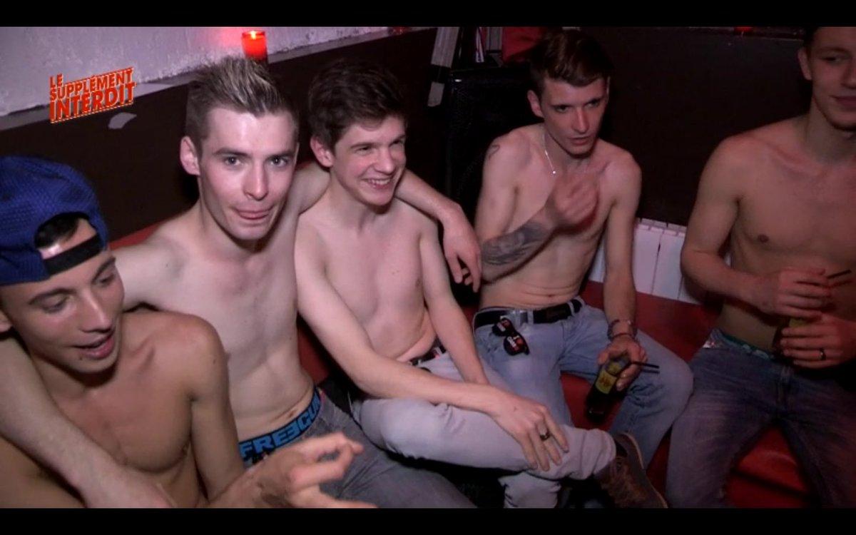 Bar gay, club, boîte de nuit et autres lieux gays