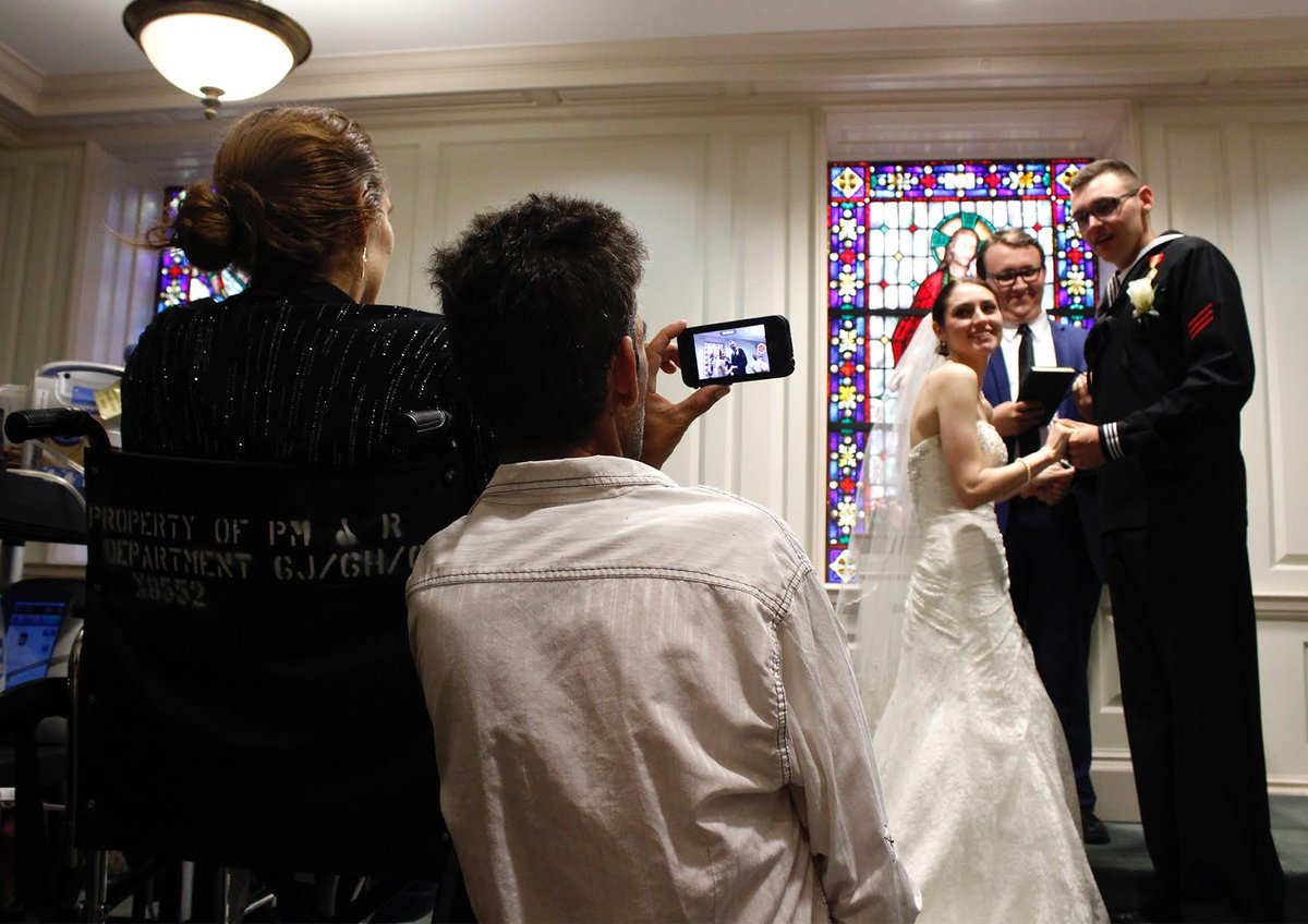 Couple marries at Baylor hospital so bride's mom can attend after near-fatal car crash