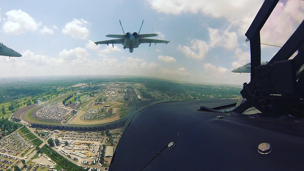 Thanks to the Vfa-81 pilot who shared this epic photo with me from #Indy500 flyover @IMS Thank YOU for your service https://t.co/WYZFVpY34E