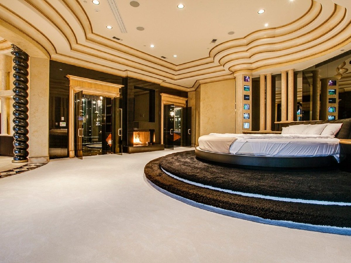 Arround Net On Twitter 15 Luxurious Master Bedrooms With Round Beds Https T Co Zcebdznruh Interiordesign Home Luxury Inspiration