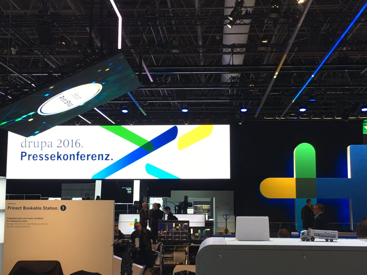 #Heideldruck is 1st. with ITS biz Press Conference. #drupa2016 #print https://t.co/re8LIPXqR7