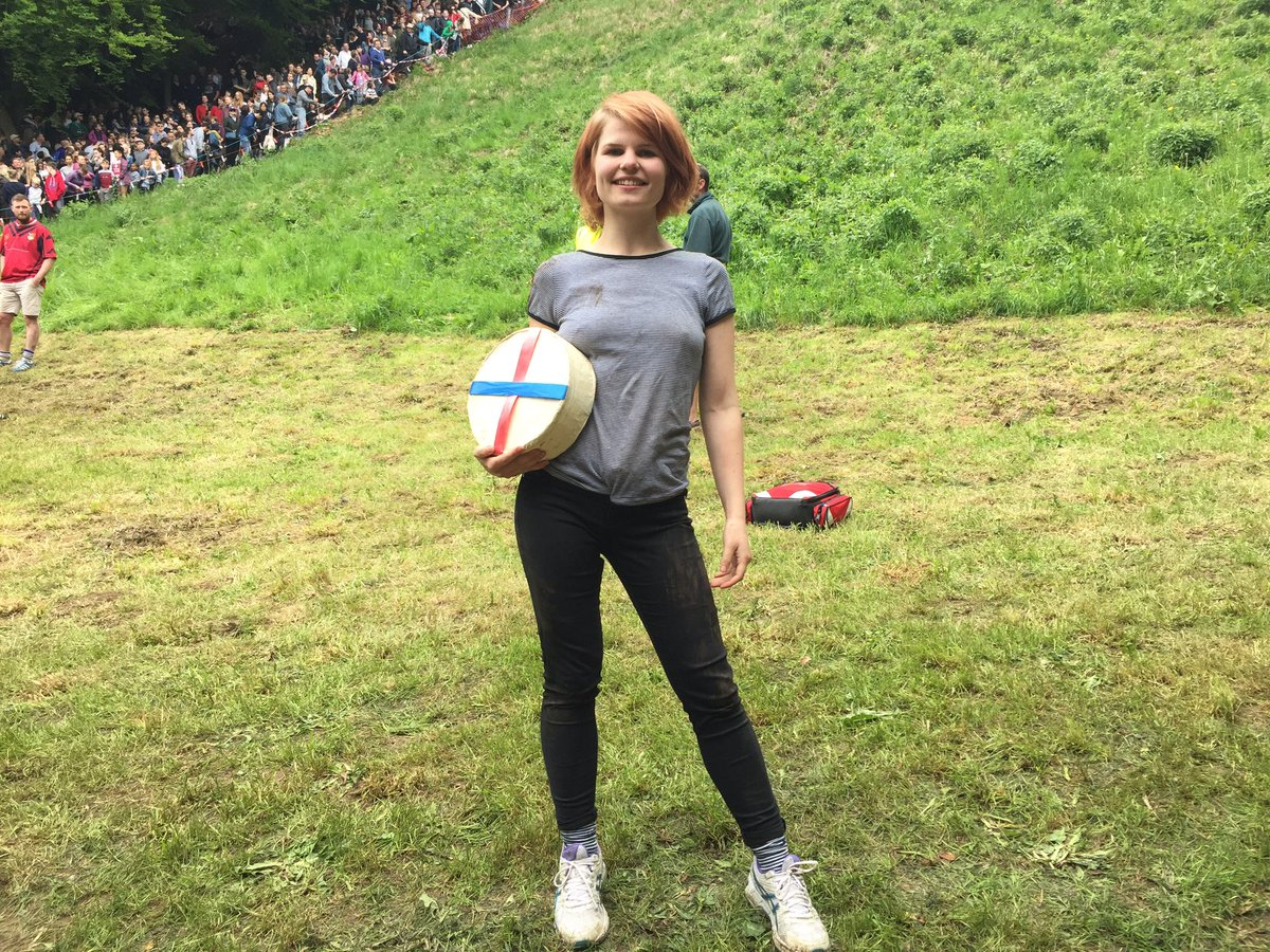 Fearless Flo Early was the winner of the women's downhill #cheeserolling https://t.co/8s6gGV0rLL