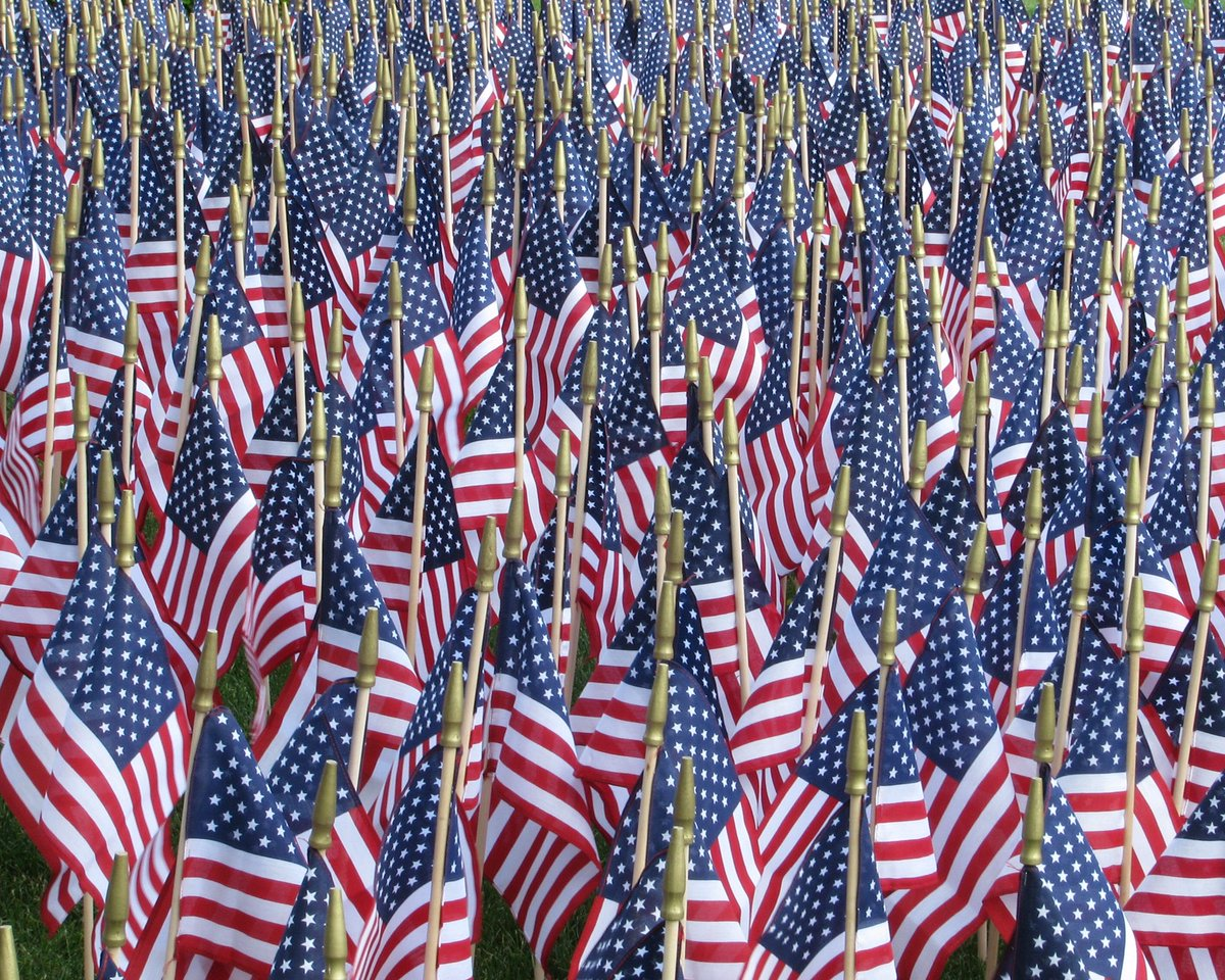 Thank you to all the men and women who have served. #MemorialDay2016 https://t.co/fH5V7ObC0C