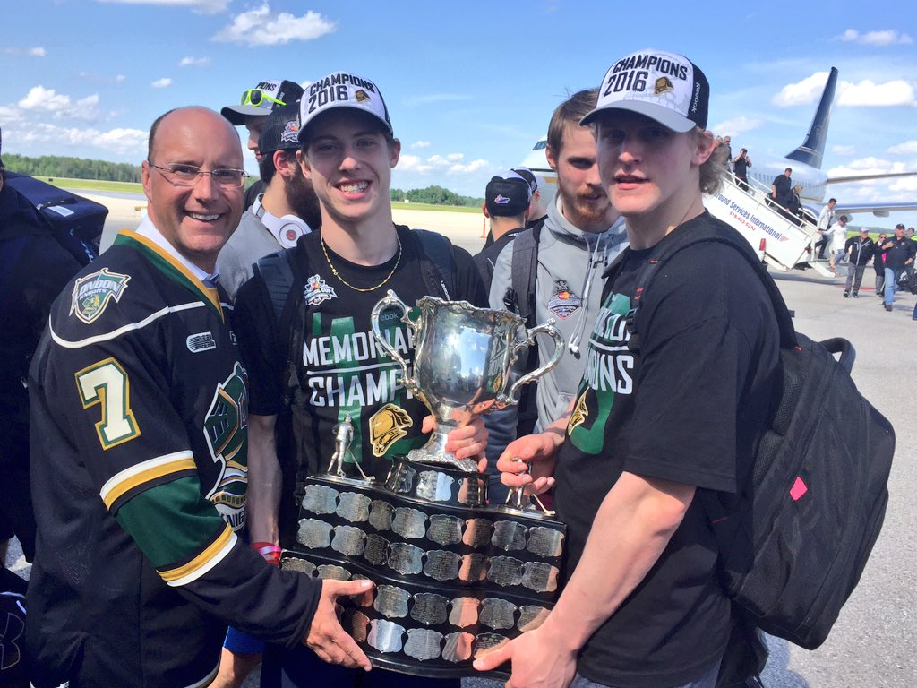 The #McMemorialCup has arrived in #LdnOnt. @GoLondonKnights #GoKnightsGo #BattleReady https://t.co/QbgcDQZW9b