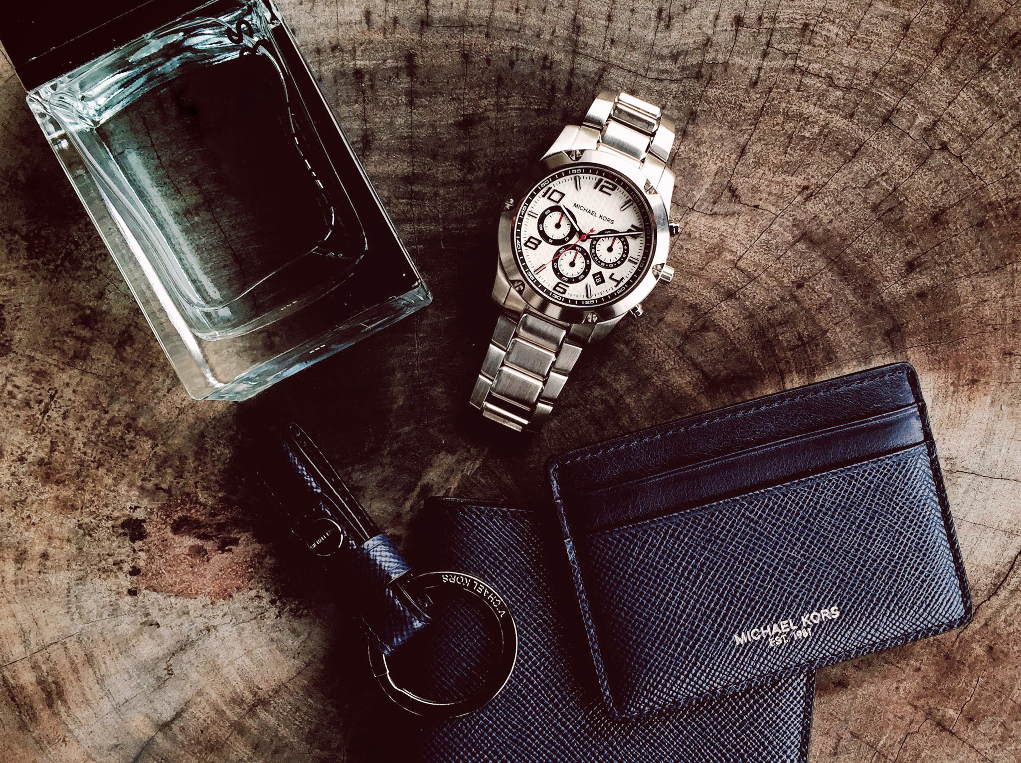 Make every minute count with these everyday essentials. https://t.co/ZhQzhk84sP #ToTheMan https://t.co/c1WUTEwTZK