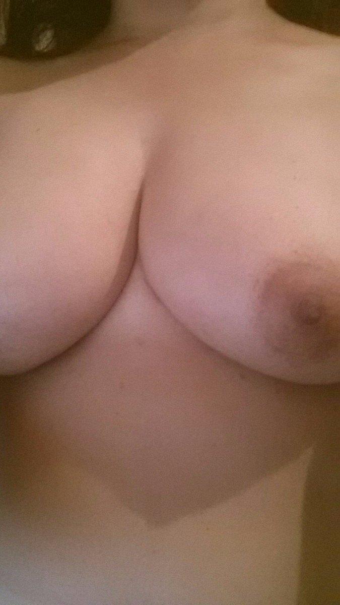 Nude Selfie 5770
