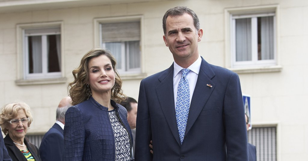 Queen Letizia's sleek look will make you rethink the skirt suit https://t.co/lNVH9d4nW5 https://t.co/caDQDExROj