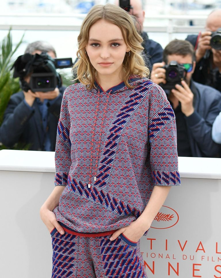 Lily-Rose Depp responds to abuse allegations made against her father https://t.co/BKGHBuXVkJ https://t.co/bhDKmZBaNo