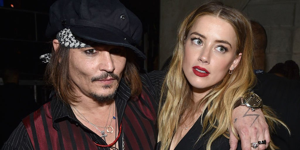Johnny Depp's friend Doug Stanhope claims Amber Heard is 'blackmailing' the actor https://t.co/vnMMUhdlZ4 https://t.co/EQwSt8RVTp