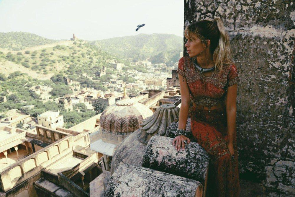 We chatted to wanderlust model Madeline Relph  https://t.co/1ZsByiAfQS https://t.co/Xq6ebELclR