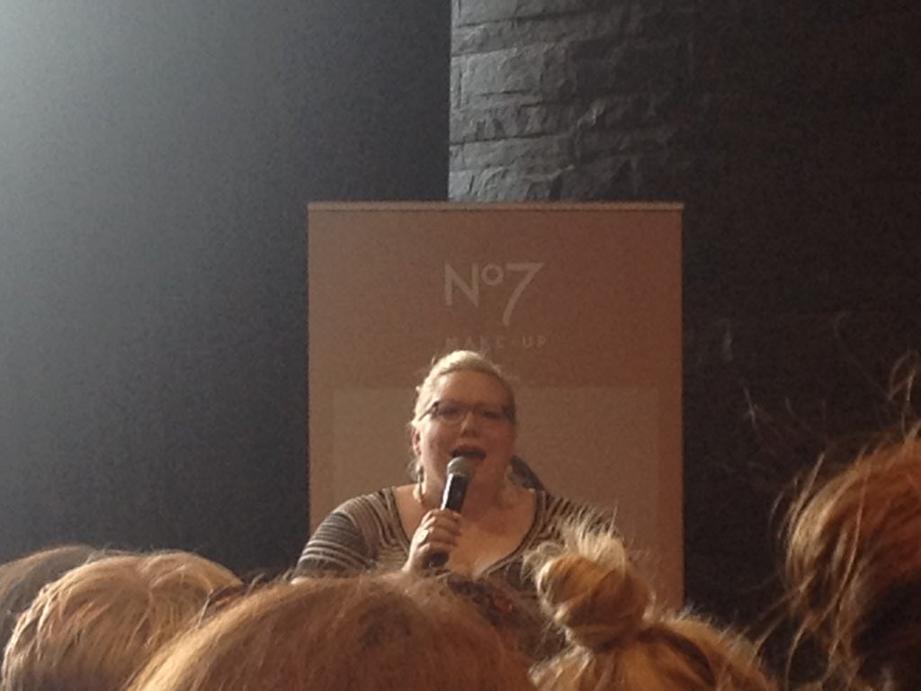 RT @BridNiGroovy: The amazing @thelindywest in conversation. #shrill #notallkevins https://t.co/X4wUT2hD7e