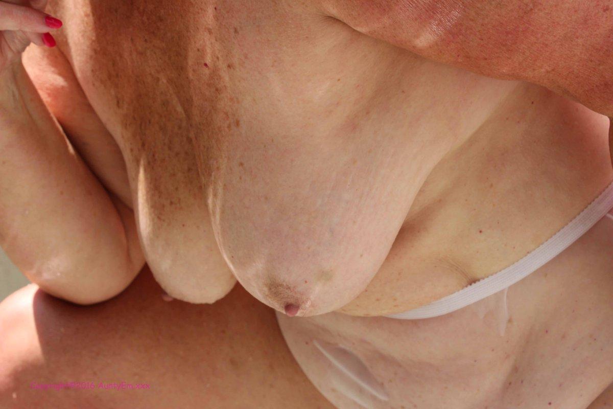 Dexters laboratiry nude babe pics