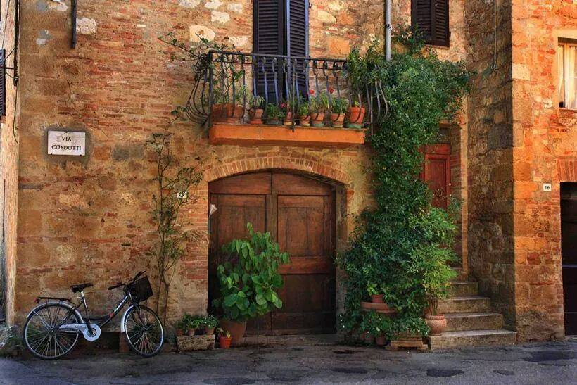 Tuscany, Italy: Rustic, slightly worn, so inherently chic.