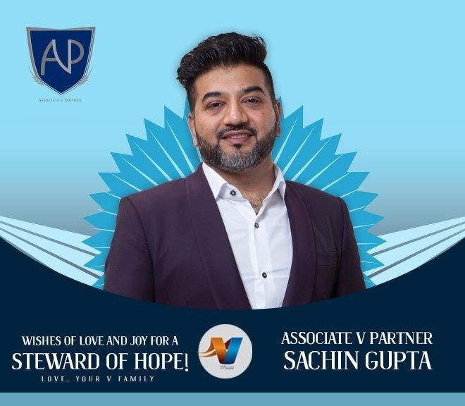 Special birthday greetings for AVP Sachin Gupta!!! Cheers! https://t.co/1cU0HAEVhY