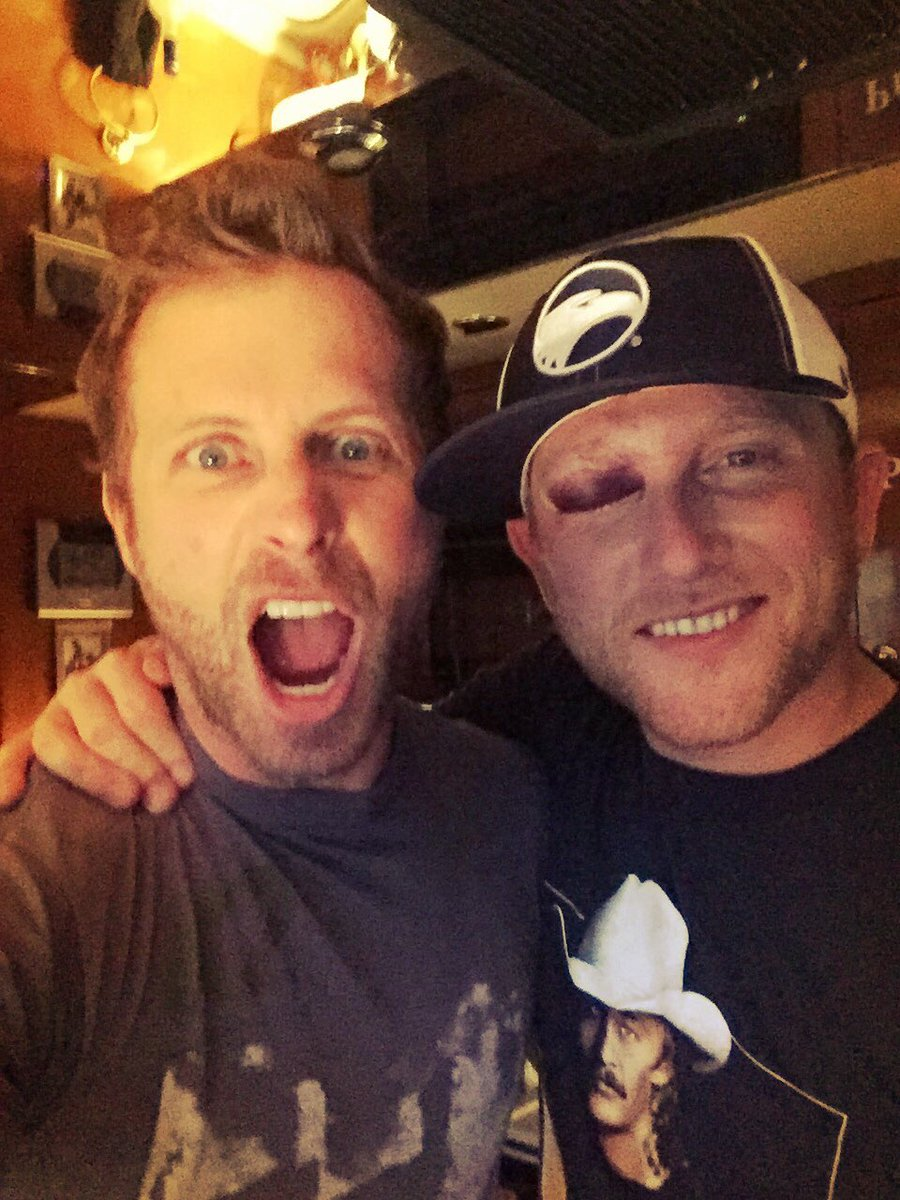 "dierks bentley on twitter: ""knew my friend @coleswindell was a fan"
