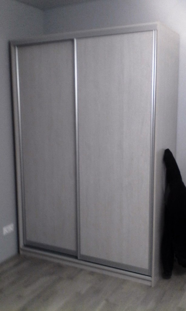 белый фасад шкафов купе фото
