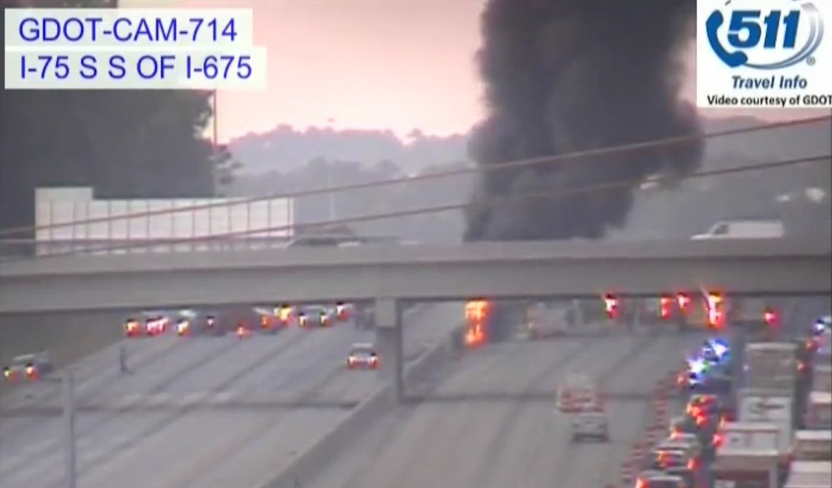 Traffic red alert i-75 shut down both directions south of i