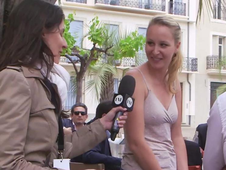 Maréchal-le sexy marion pen Emmanuel Macron's