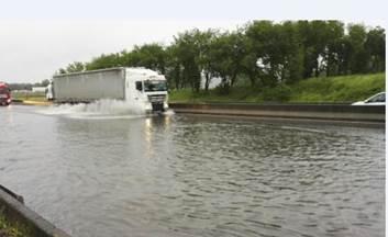 Alerte - Crues et Inondations 2016 CjxLbV7UYAM-KSM