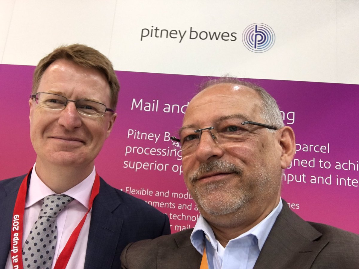 Great pleasure to meet Andrew Ford, the smart marketing brain right at #drupa2016 @PitneyBowes https://t.co/OblavLrw1s