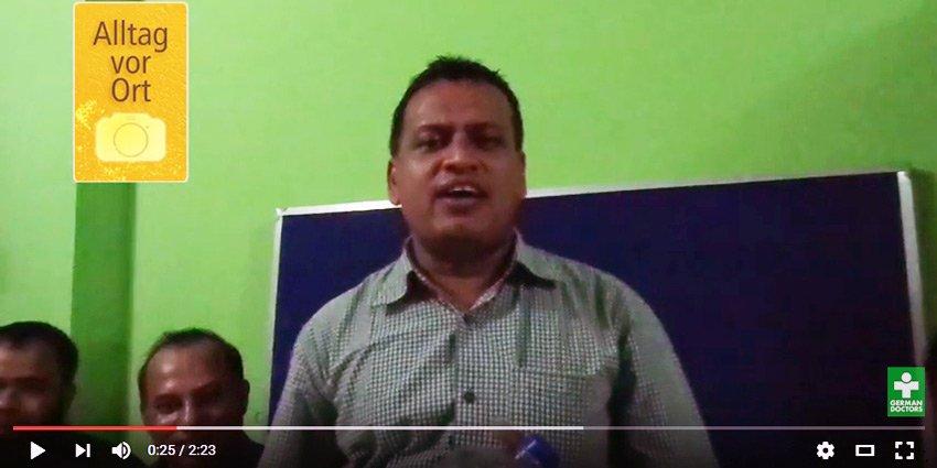 Rana, Lehrer unserer Slumschulen in #Dhaka hat ein geheimes Talent-Er ist ein toller Sänger!https://t.co/HrLqRplW4v https://t.co/RrzHyJ3cbY
