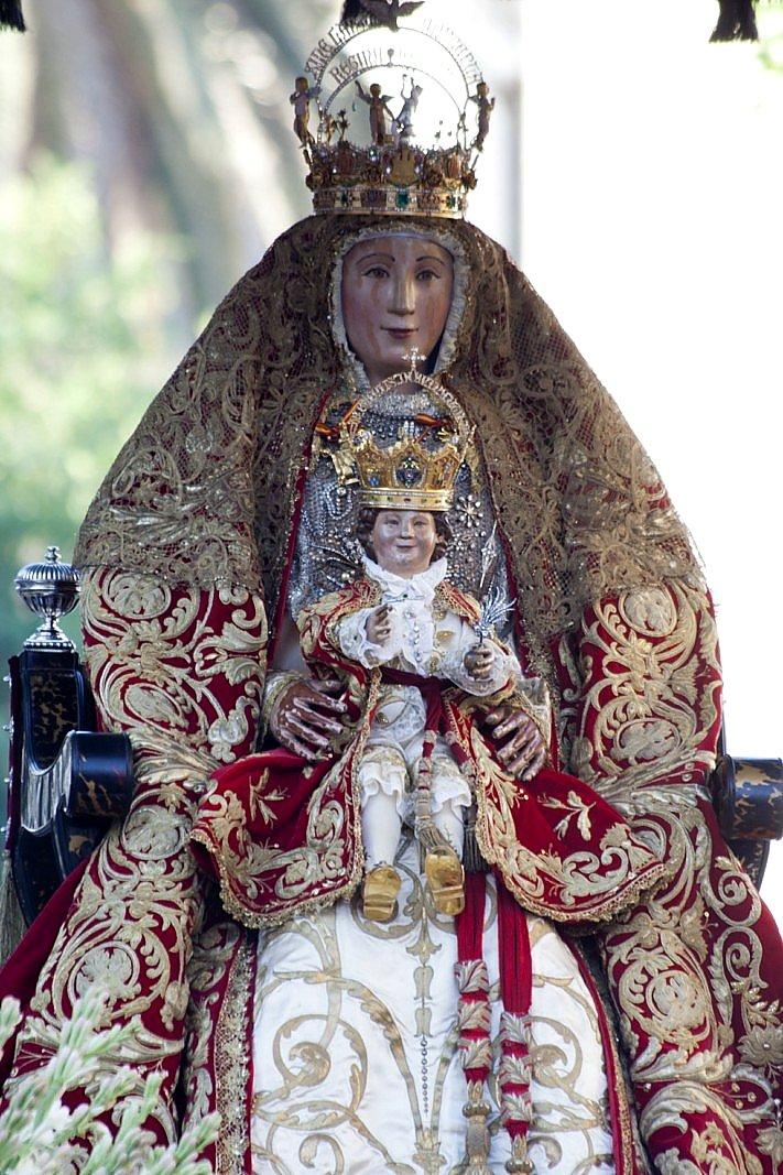Genoveva ghenarejos twitter for Mudanzas virgen de los reyes