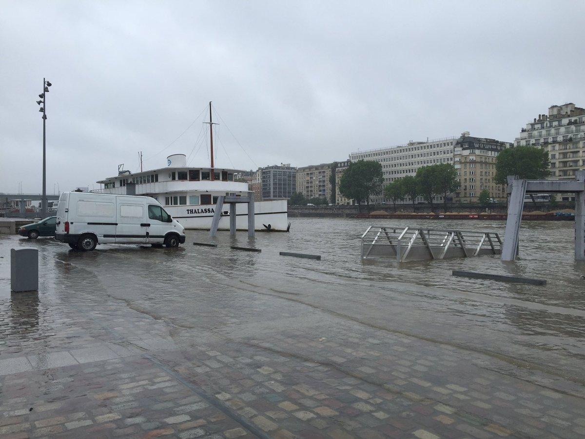 Alerte - Crues et Inondations 2016 CjyHGXYUUAI8-Yv