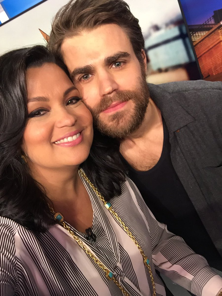 My crush!  Thanks Paul for always being such a sweetheart. NYC loves you!! @paulwesley https://t.co/xnde5FnXIR