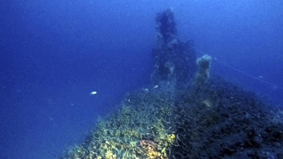 """العثور على حطام الغواصة البريطانية """"توت عنخ آمون"""" CjzFJxpXIAAGZa6"""