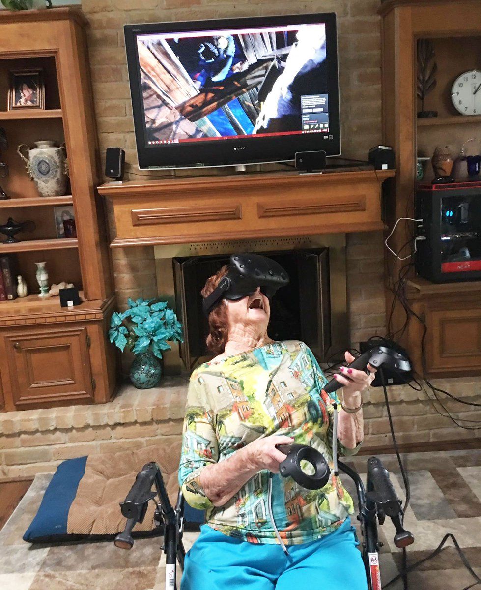 This photo of a 96-year-old grandmother experiencing #VR for the 1st time has made my week. https://t.co/vf9GuCRkck https://t.co/nvTBeFZ7Ha
