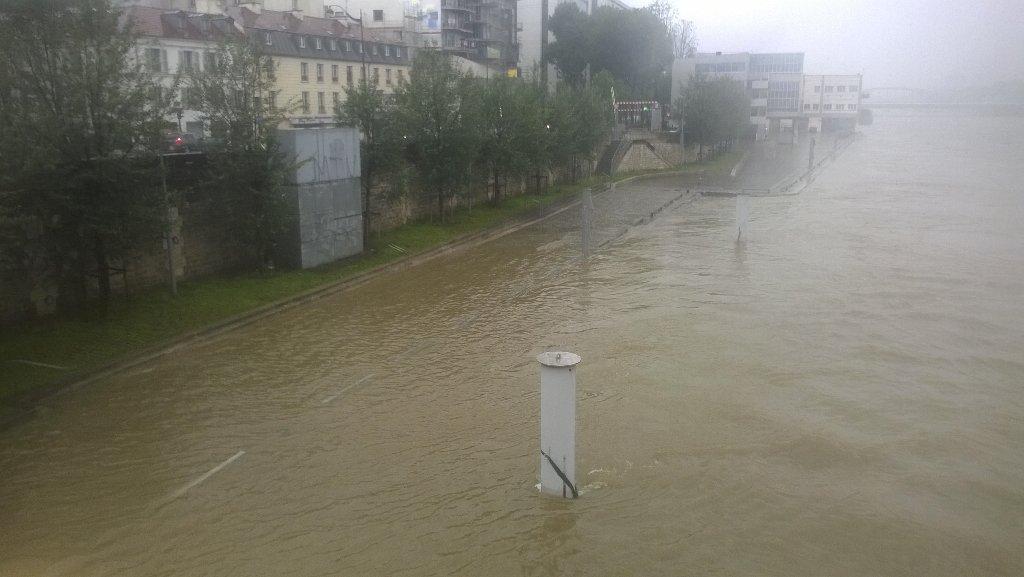 Alerte - Crues et Inondations 2016 CjzlNCLVEAALwja