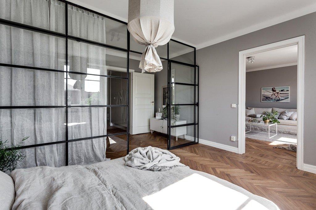 le marchand de glass le m de glass twitter. Black Bedroom Furniture Sets. Home Design Ideas