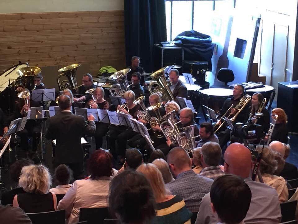 Takk for kjekk konsert med gjestedirigent @TAAN_1964 og tre skulekorps. God sumar! #allesnakkerkorps @NMFkorps