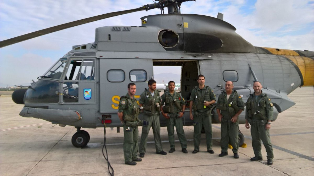 Armée Espagnole/Fuerzas Armadas Españolas - Page 39 Ck0SRU5XAAA1TG9