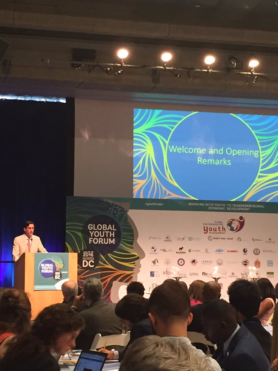 Global Youth Forum kicks off @WorldBank with remarks by VP Keith Hansen with a full room #youthindev https://t.co/SsN7Mtatsm