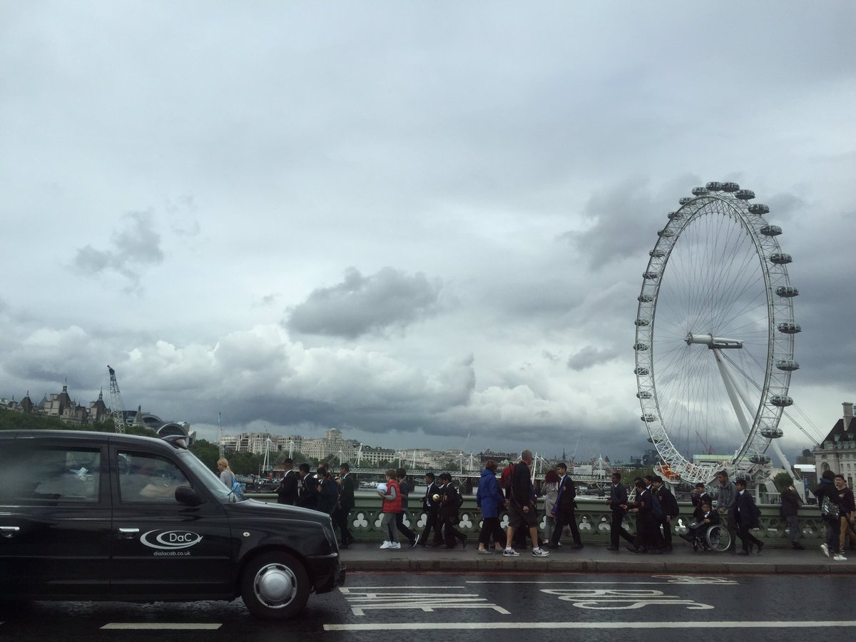 Cloudy old London today, off to read Ep3! 😬 https://t.co/pBdZUWHZxO