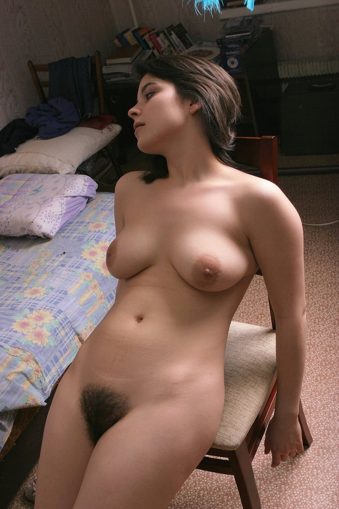 girl tight pussy image in youngleaf