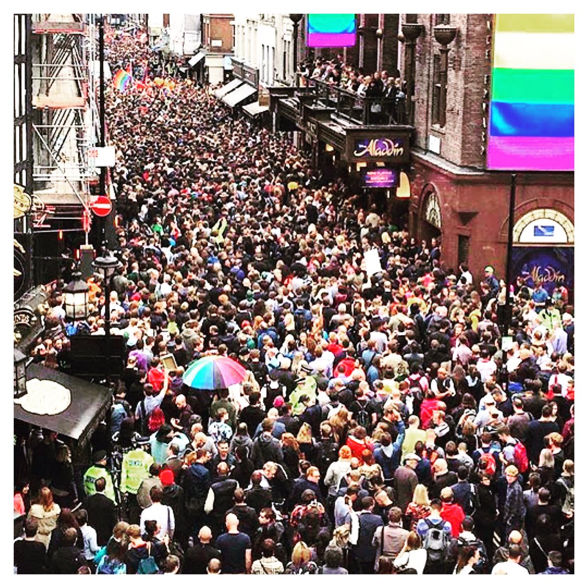 #soho in support tonight of #orlando https://t.co/wDpPEHEWQh