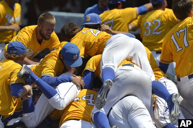 On twitter quot walk off grand slam propels uc santa barbara to college