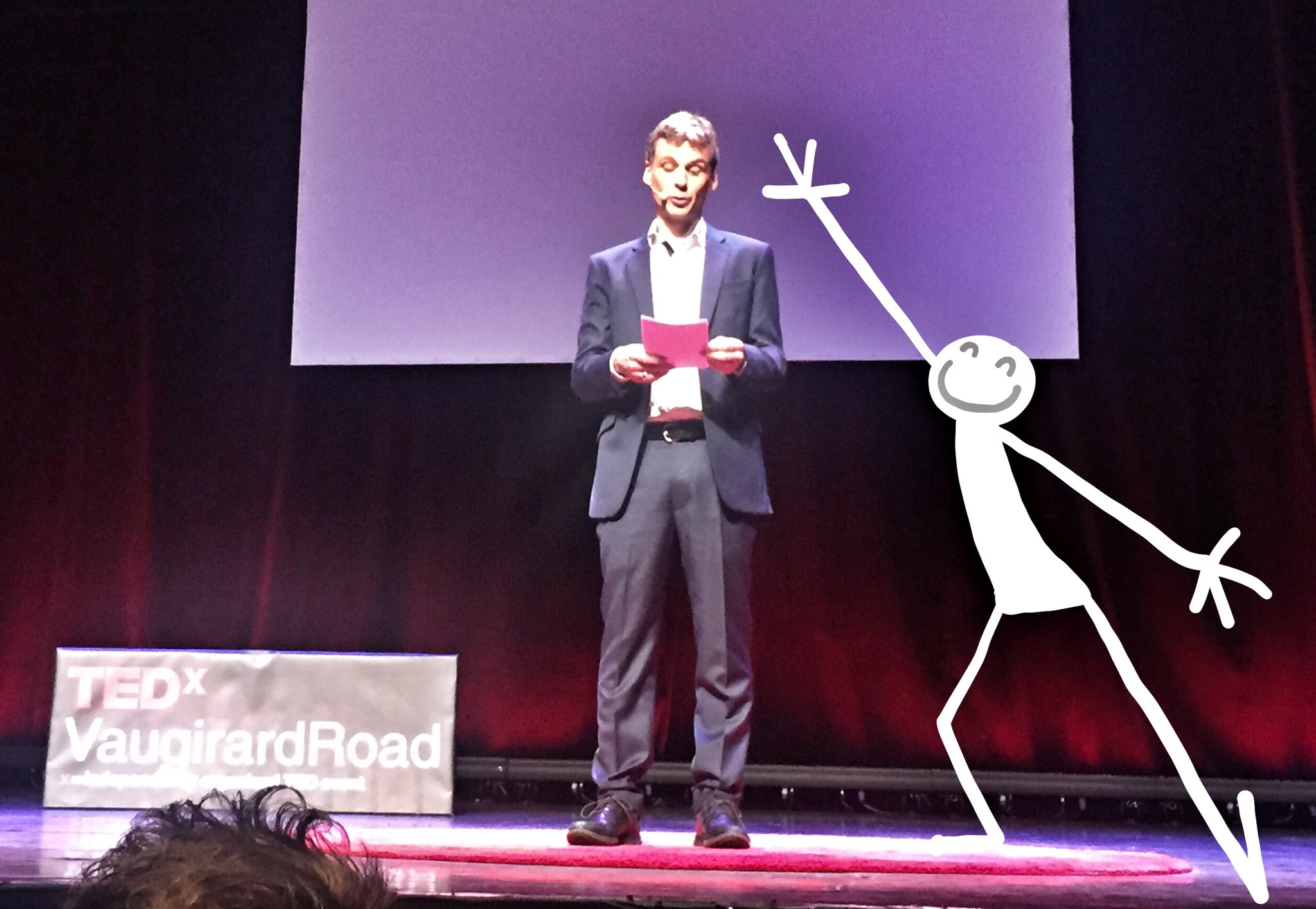 Stephane Roger ouvre la soirée ! #TEDxVR #Bobino https://t.co/3gkyWudPWF