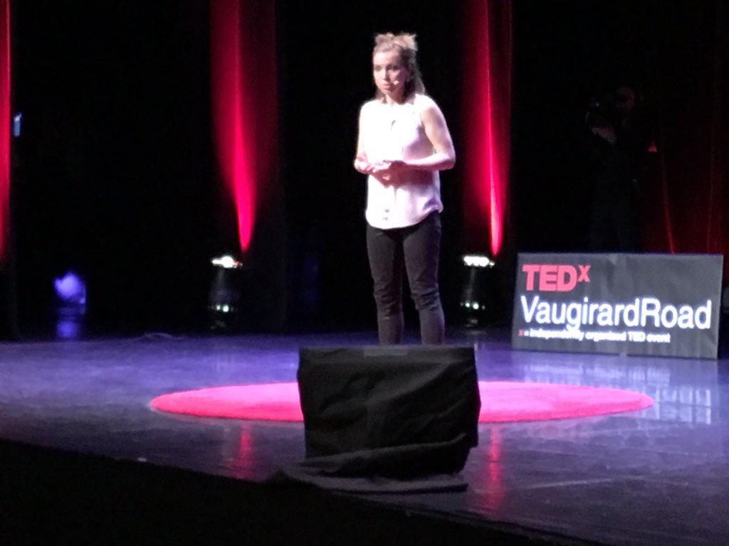 Je ne peux pas demander aux autres de voir quelque chose sans conviction @anlopiquet #TEDxVR https://t.co/nO4CJDfYy9