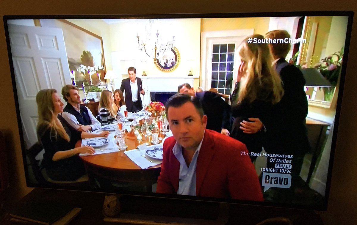 JD staring at the producers and hoping they intervene... Ummmmm, no. This is reality TV gold! #SouthernCharm https://t.co/KPEWQgb4wX
