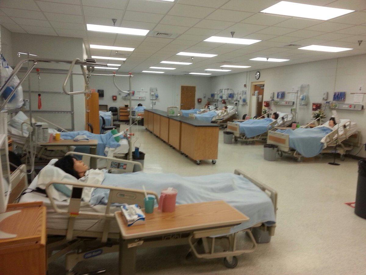 Nursing Classroom Design ~ 간호사 메이 휴가중 on twitter quot 시뮬레이션 d안경쓰고 하는 실습인가 싶으실텐데 사실은