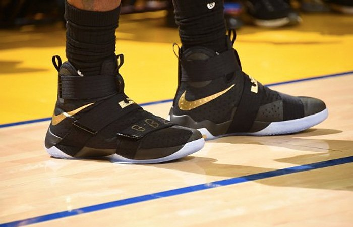 detailed pictures 11daa 93eb8 kicksoncourt lebron james is wearing this black gold soldier 10 tonight for  the nbafinals