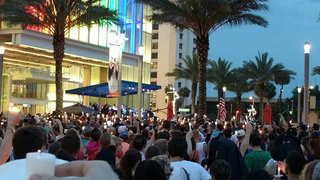 Iconic images from tonight's vigil at @DrPhillipsCtr . #OrlandoUnited https://t.co/55nO6YSLNk