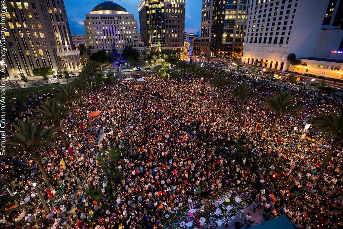 Photo shows thousands gathered in downtown Orlando to pay respects to those killed in the Pulse nightclub shooting. https://t.co/erMhiOLW1a
