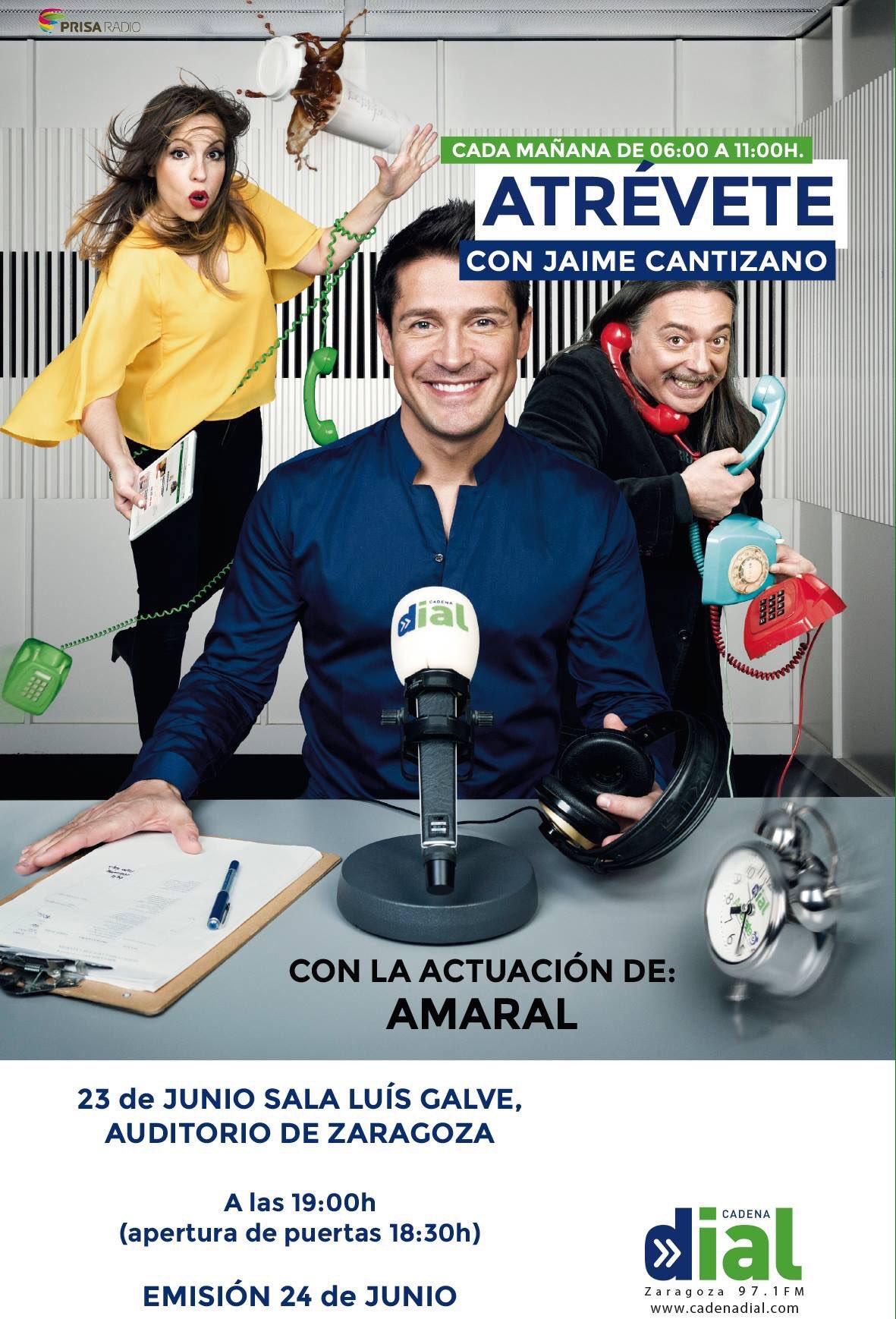 Amaral en Zaragoza con Cadena Dial Ck4y5PiWEAAuWbS